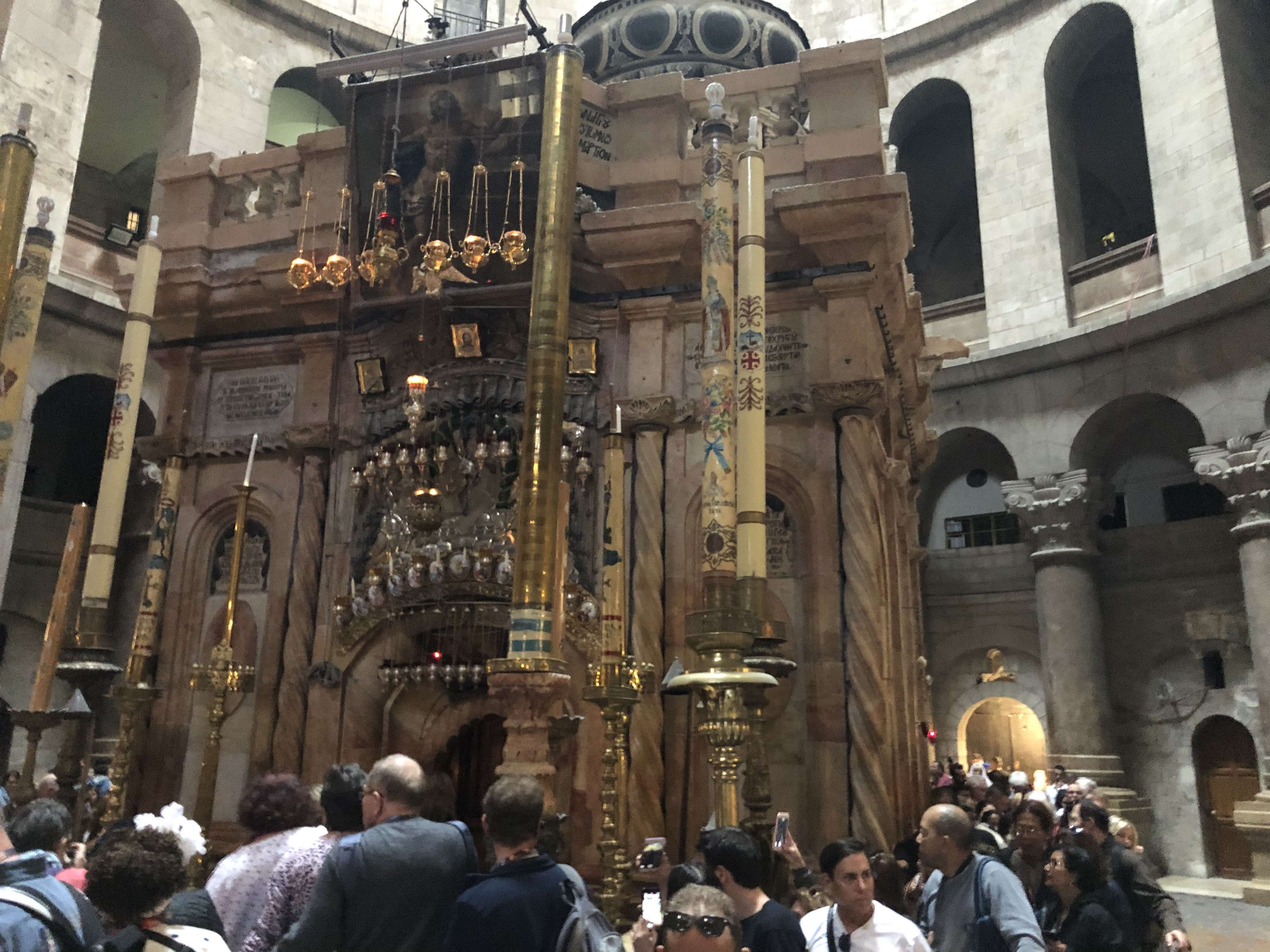 Church of Holy Sepulchre Aedicula 2.jpg